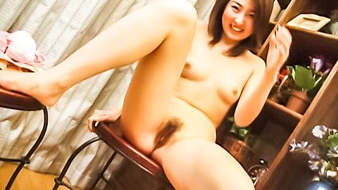 Japanese babe spread her legs and hand playing her muff